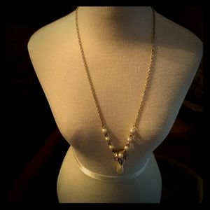 Avon brand pearl and rose necklace